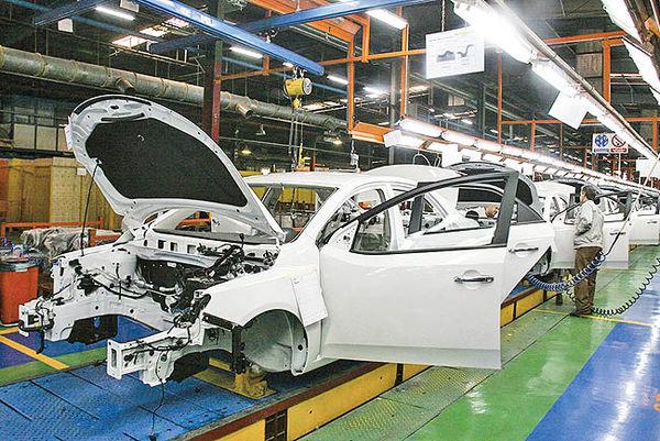 اثر دوگانه نرخ رسمی ارز بر صنعت خودرو