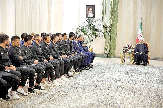 دیدار روحانی با اعضای تیم ملی فوتبال