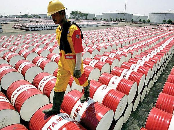 دو سیگنال کاهشی به قیمت نفت