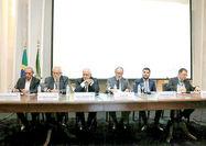 تاکید ظریف بر همکاری گسترده با نهمین اقتصاد جهان