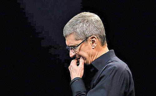 همکاری اپل با اف بیآی برای رمزگشایی گوشی تروریست تگزاس