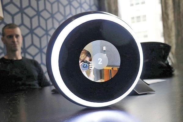 دوربین سلفی توپی