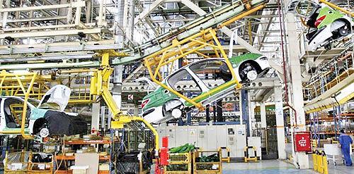 خودروسازی فعلا در مدار رشد