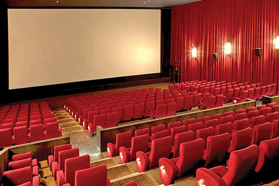 کاهش 70 درصدی فروش سینماها