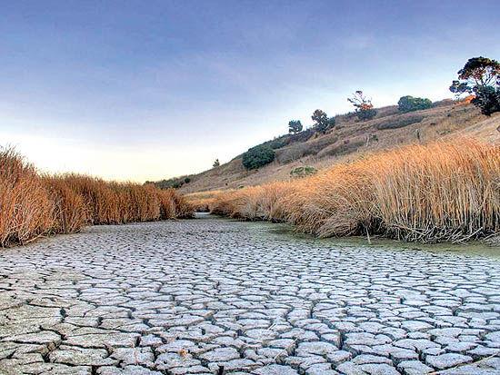 سه انحراف راهبردی کارنامه 100 روزه دولت در برابر بحران آب