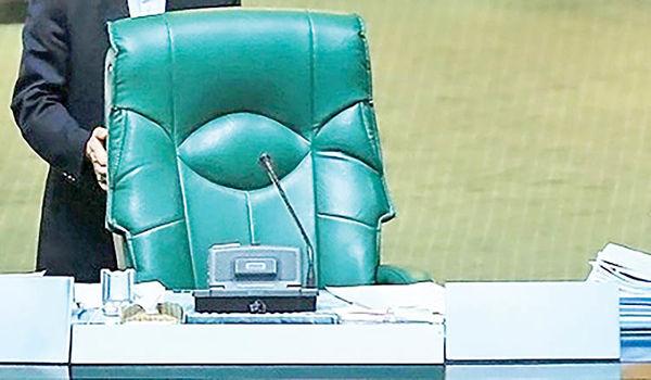 نشستهای هماندیشی برای تقسیم صندلیهای مجلس