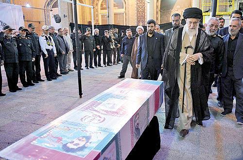 رهبر انقلاب: خداوند شهید حججی را در چشم همه عزیز کرده است