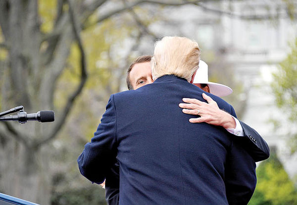 «نجواگر ترامپ» در واشنگتن