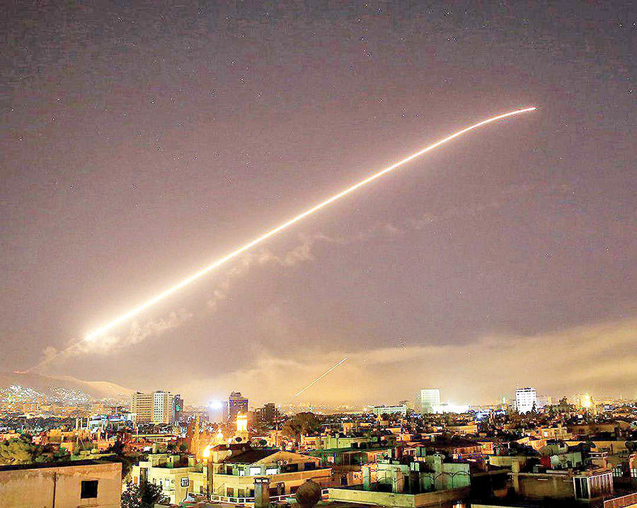موشک پرانی در آسمان سوریه