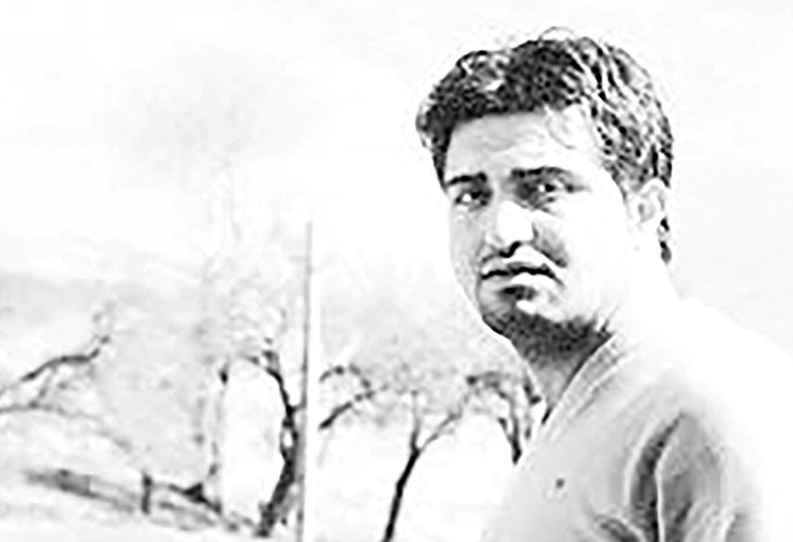 درگذشت شاعر جنگ در 38 سالگی