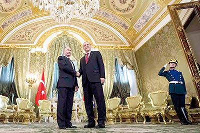 پوتین، اردوغان را از ترامپ دور میکند
