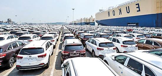 پیشبینی کاهش فروش خودرو در آمریکا