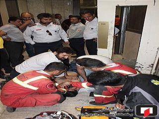 مرگ تلخ کارگر جوان محبوس بین دیواره آسانسور
