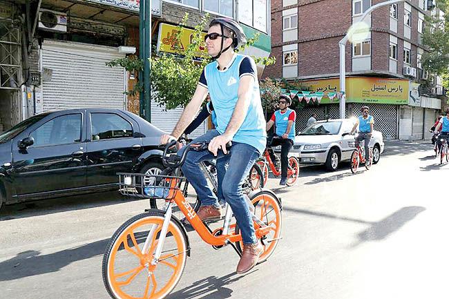 تعلیق دوچرخه سواری در تهران