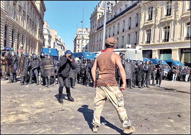 بازگشت معترضان به خیابانها