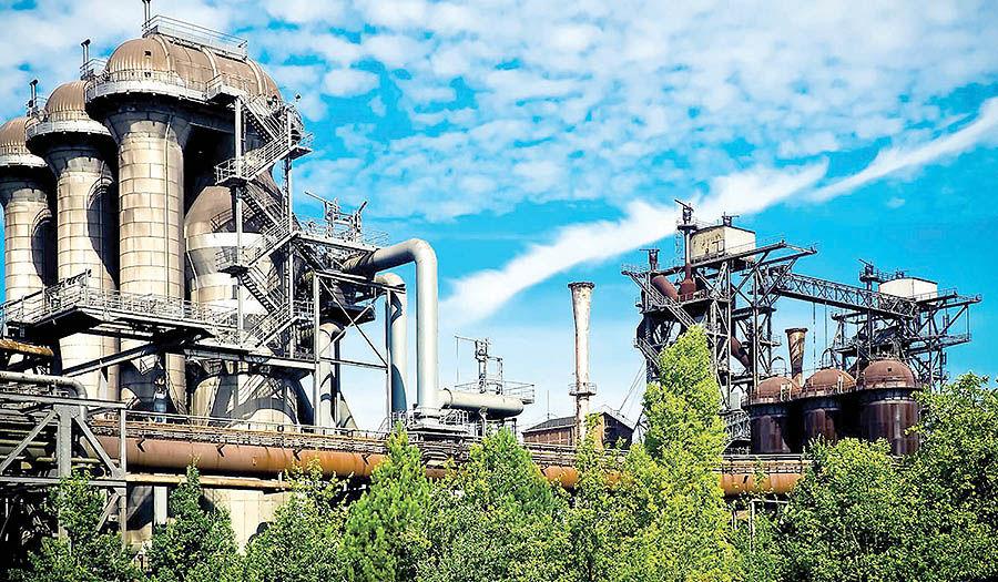 صنعت، معدن و تجارت 96  در یک نگاه