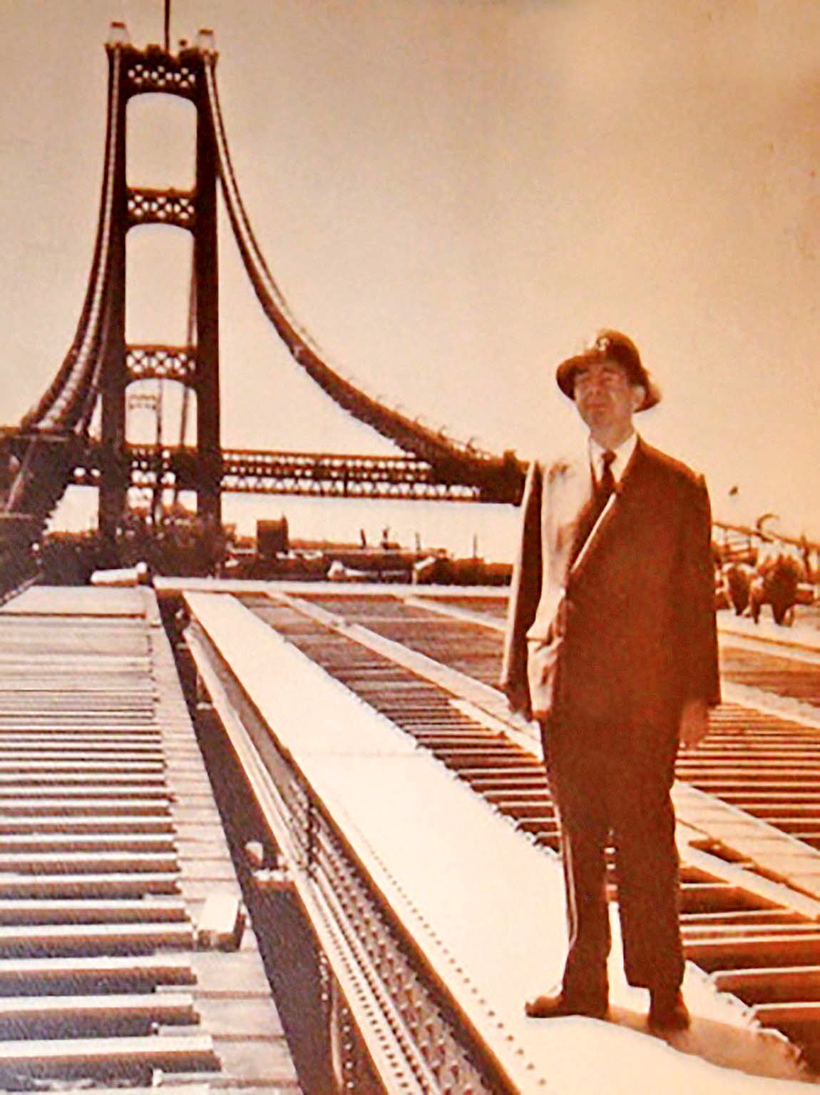 درگذشت معمار پلهای مدرن