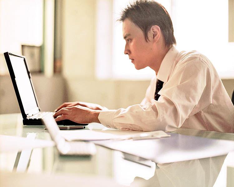 راههای دوری از دردسرهای سایبری