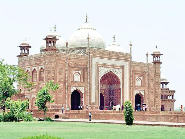 تاجی بر سر گردشگری هند