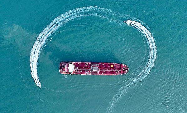 نبرد نفتکشها در خلیج فارس