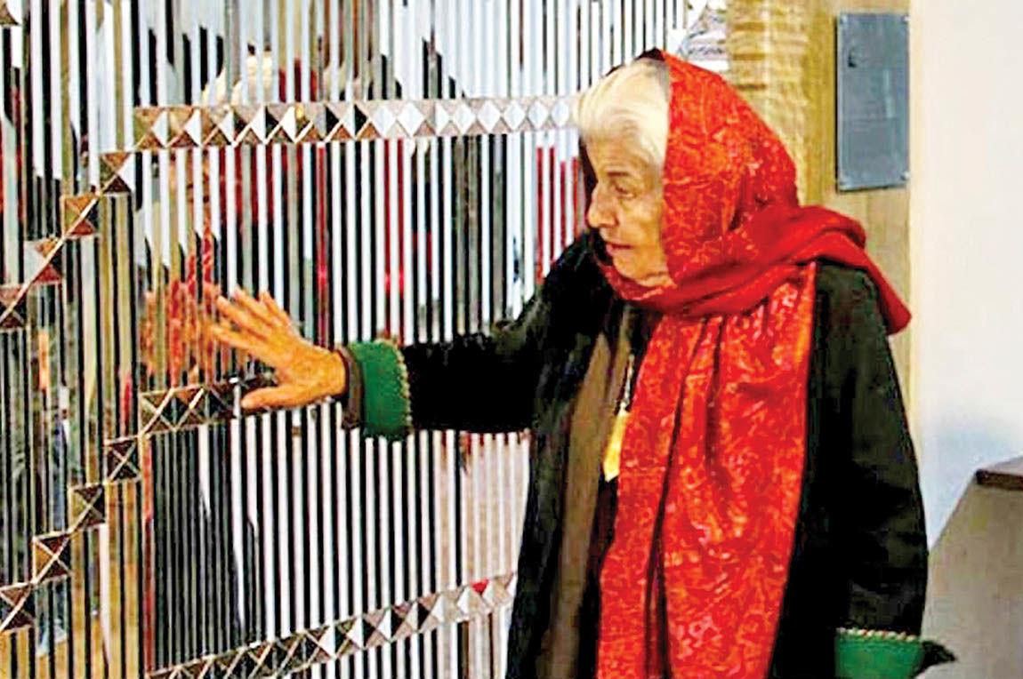 جاودانگی هنرمند مدرن در آینههای سنت