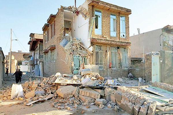 بازارهای مکاره هنری در مناطق زلزلهزده