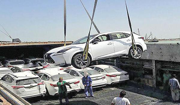 مسیر پرپیچ و خم تحویل و ترخیص وارداتیها
