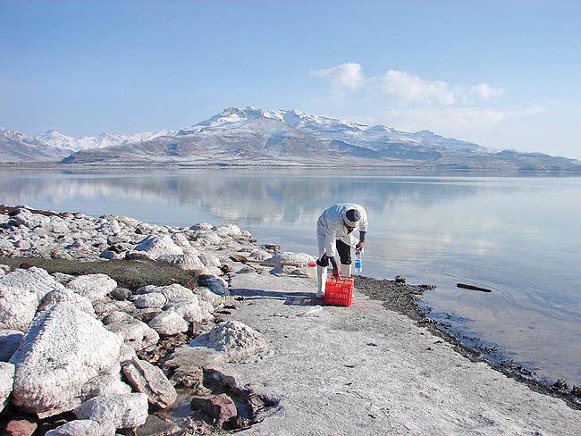 تثبیت سطح دریاچه ارومیه