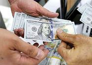 ریزش مرز روانی در بازار دلار