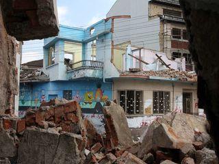تخریب خانه هوشنگ ابتهاج در رشت