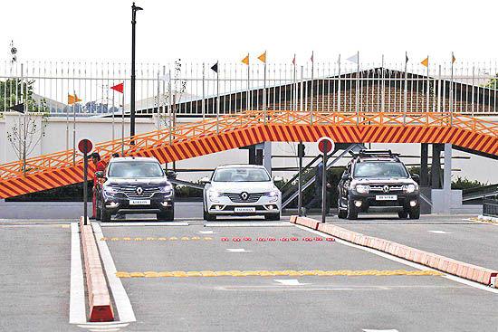 افتتاح مرکز تست درایو خودروهای «رنو» و «تویوتا» در ایران