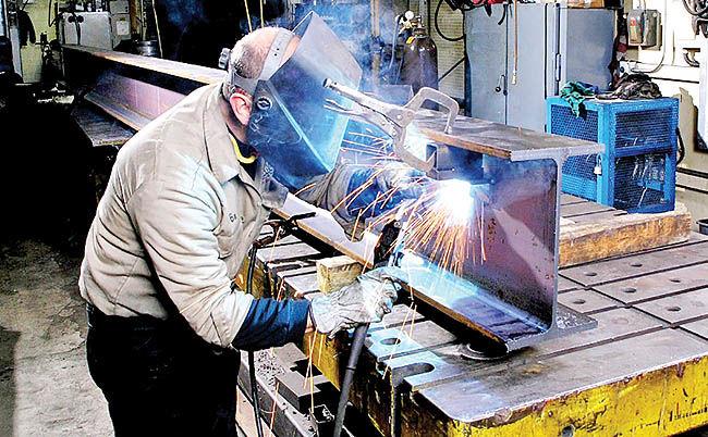 دو گروه موثر در رشد صنعتی
