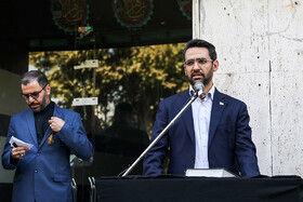محمد جواد آذری جهرمی، وزیر ارتباطات در مراسم تشییع پیکر مهدی شادمانی خبرنگار ورزشی